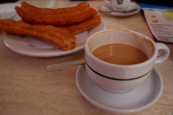 Churos a kafe con leche leche