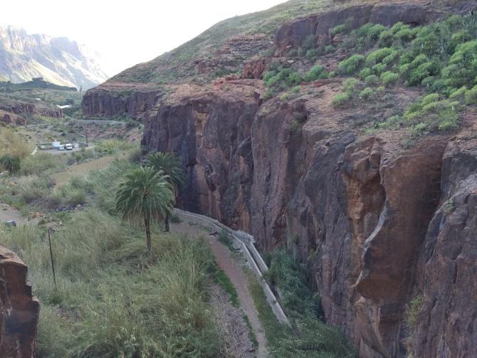 Fataga - přístup od přehrady